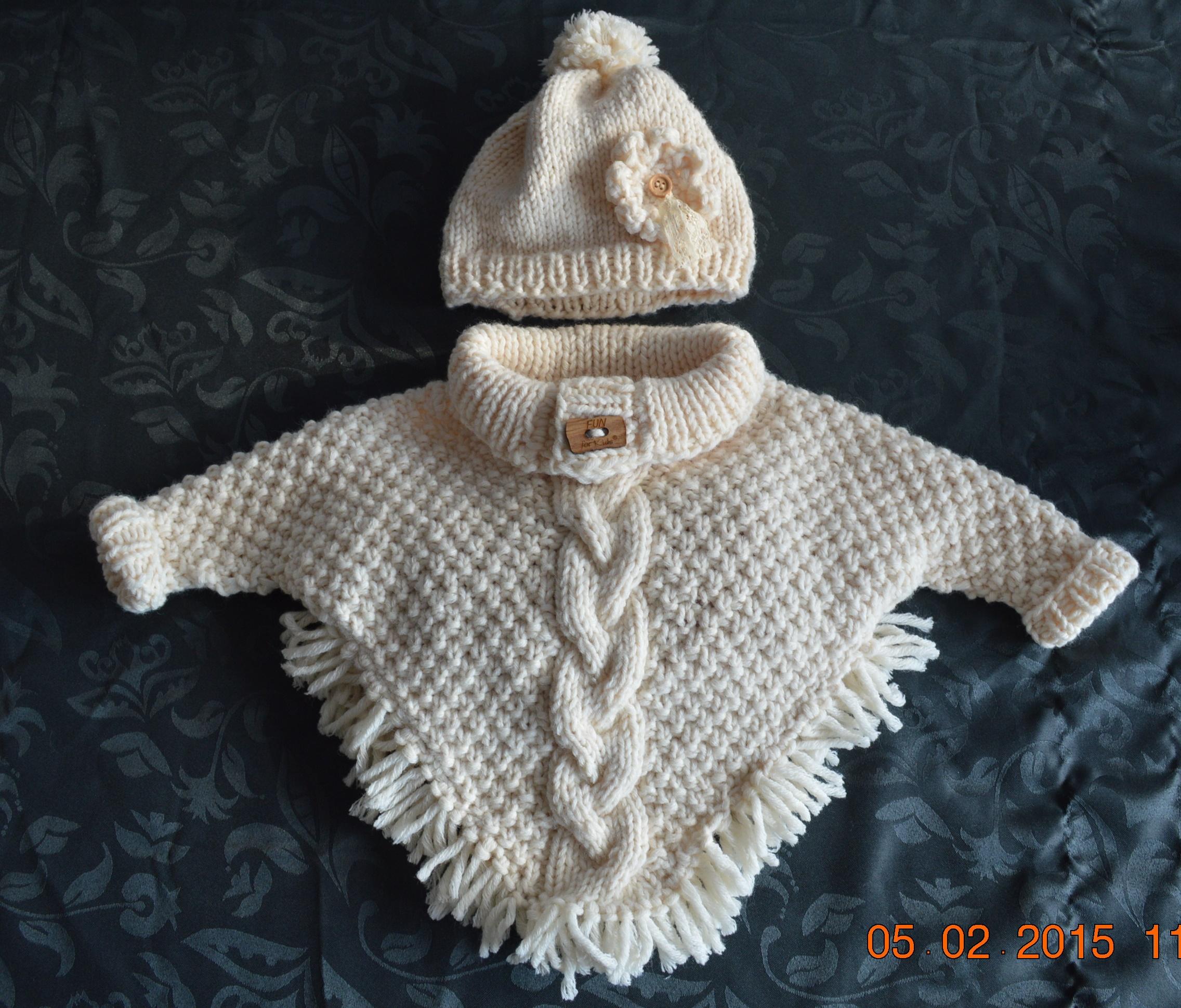 Iets Nieuws gebreide baby poncho met mouwtjes – createbyaline.com &IH18